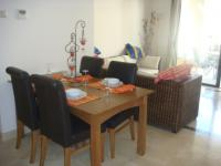 Great Location Ground Floor Apartment pic 8