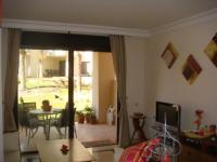 Great Location Ground Floor Apartment pic 9